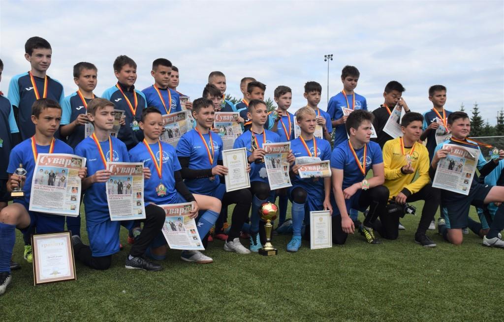 Победители и призеры турнира с газетой «Сувар»